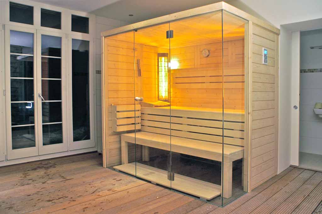 glasfront sauna. Black Bedroom Furniture Sets. Home Design Ideas